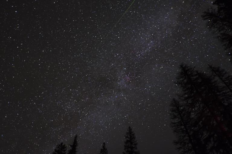 Milkyway w shooting star